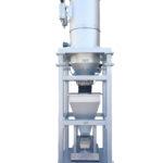 Dosatore a canale vibrante gravimetrico con caricatore pneumatico