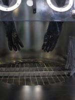 Tagliasacco manuale con guanti